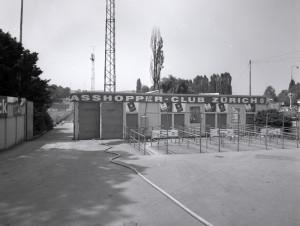 1979_hardturm_eingang